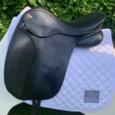 "Kent & Masters 17"" High Wither Original Dressage (S2029)"